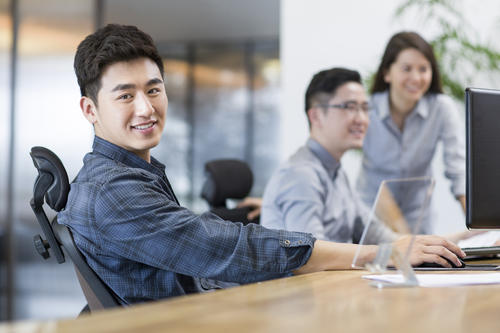 海归求职,回国求职,招聘海归硕士,留学生求职,留学生工作资讯,求职资讯,笔试准备,面试技巧,行业研究,企业分析,岗位透视
